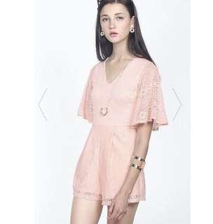 FAYTH CALISTA LACE PLAYSUIT IN BLUSH (M)
