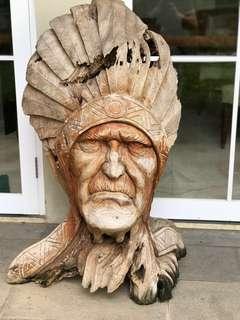 Patung ukiran indian seniman dari bali