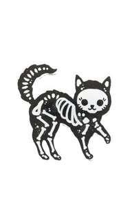 🚚 cat enamel pin 🐈