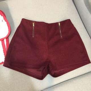 🚚 Air space酒紅色造型拉鍊短褲F