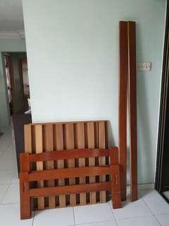 🚚 Single Bed Frame + Mattress