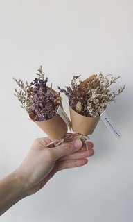Dried/Preserved Flower Bouquet - Simple Elegance
