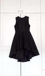 L'AVENIR black puffy detailed lace dress