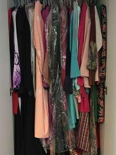 HELP ME TO CLEAR THE CLOSET!