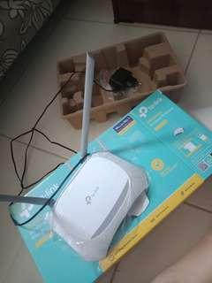 TP-LINK WIRELESS N ROUTER, 300Mbps