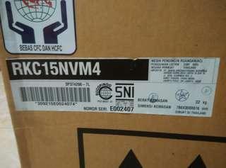 AC DAIKIN INVERTER TIPE STKC15NV O, 5 PK
