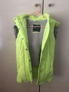Lorna Jane sleeveless puffer jacket