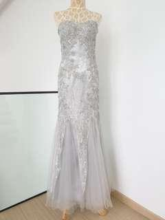 🚚 Wedding Dress with lace sequins and tulle