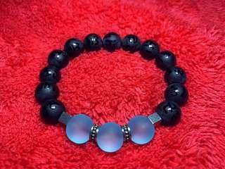 🚚 Ice blue bead bracelet