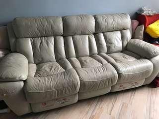 三座位電教梳化 sofa 電動梳化