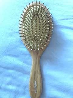 🚚 Innisfree comb eco beauty tool paddle hair brush 1P
