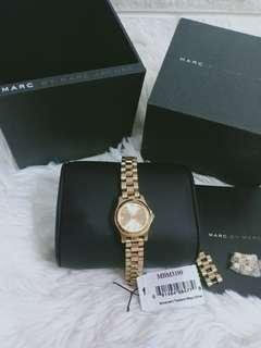 authentic marc jacob watch not mk,,coach ,dkny,lv,fossil