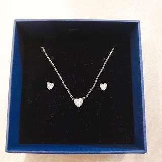 Swarovski Heart necklance and earring set