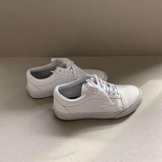 White Vans Sneakers (size 37)