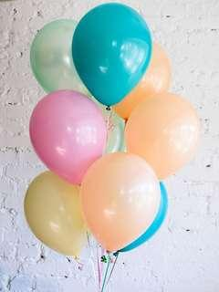 Pearl party balloons