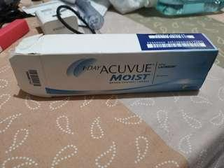 1 day acuvue moist contact lense