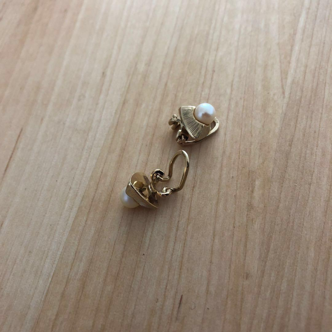 14k Gold Vintage Earrings with Geniune Pearl from the 50s