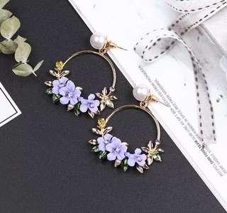 <free pos 3 pairs & above> Korean design purple round earrings floral theme with pearl