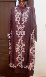 Dress bordir