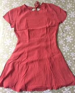 Dress orange open back by Forever 21