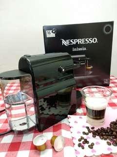 NespressoInissiacoffee 膠囊粉囊咖啡機(今日實物拍攝)