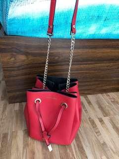 Hush Puppies Original Red sling bag rantai