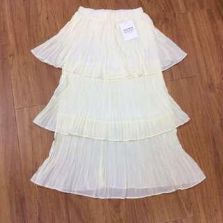 白色三層顯瘦蛋糕裙