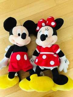 🚚 Authentic Disney Mickey and Minnie (a pair)