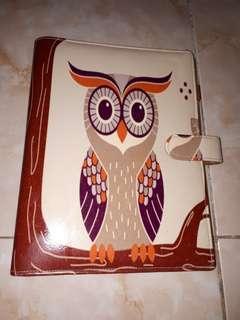 Binder Custome Owl   Ring 24