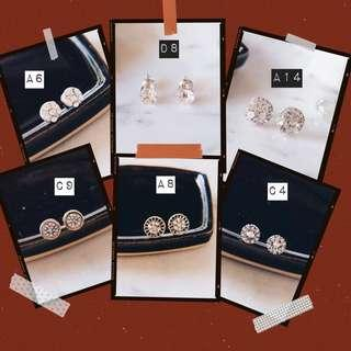 🚚 Assorted Earring