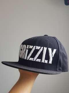 Starter Grizzly snap back cap