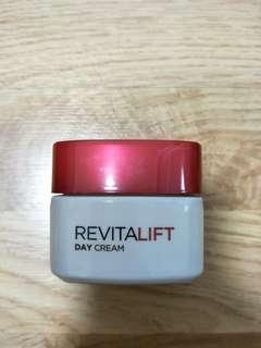 Loreal Rvitalift Day Cream Spf23 PA++ 50ml