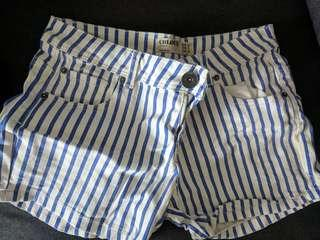 🚚 Cotton On striped blue and white shorts