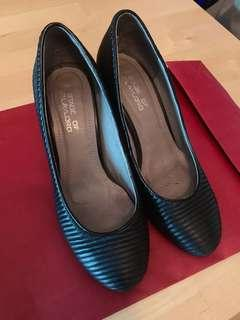 Stage of Playlord 3 inches heels 三吋黑色高踭鞋
