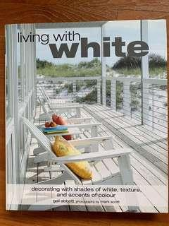 🚚 Living with white (full color design book, mint condition)
