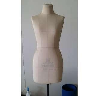 Female Mannequin, Dummy Drapping