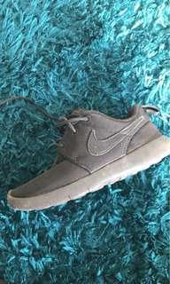 Nike black shoes size 13