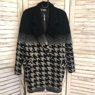 Coats (已乾洗)