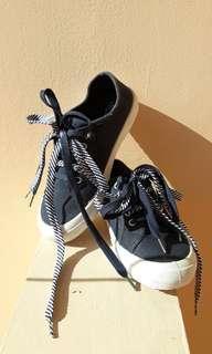 Rubi navy canvas sneakers