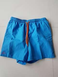 🚚 Shorts with inner wear
