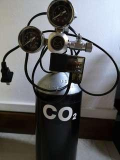 CO2 Tank with electric solenoid (2L)