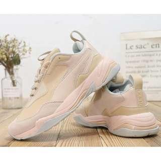 🚚 PUMA Thunder Desert 老爹鞋 / 女鞋 (新品現貨出清) PUMA Thunder Desert old shoes / women's shoes (new stock out clear)