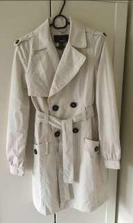 🚚 MNG off white / beige trench coat