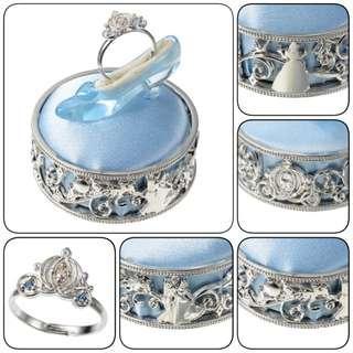 日本正品Disney Cinderella灰姑娘南瓜車造型戒指連玻璃鞋造型戒指托故事場景底座