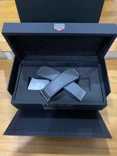 🚚 100% Authentic Tag Heuer Modular 45 Leather strap Grey