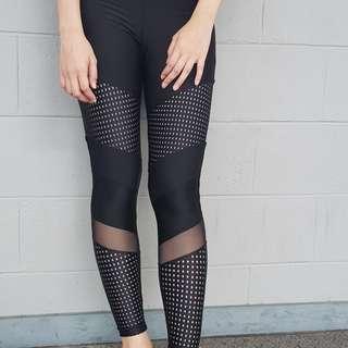 🚚 Freya Yoga Leggings in Black