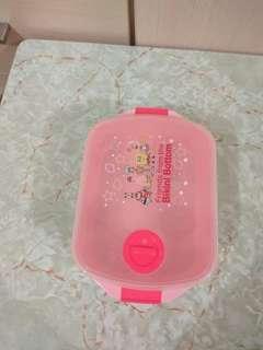 Plastic Lunch box 19cm*12.5cm*6cm (4pcs left)