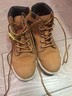 Timberland Original Yellow Boots - Boys UK size 12.5