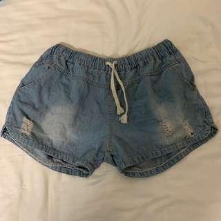 🚚 Plus Size Elastic Denim Shorts