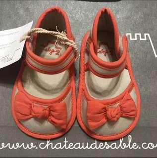 New Chateau De Sable Shoes in Size 1 & 2